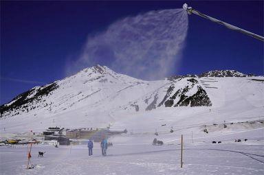 Polychromelab: Alpine Workwear, die jedem Wetter standhält