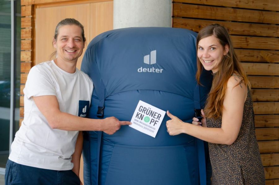 """Deuter erhält den """"Grünen Knopf"""" für seine nachhaltigen Produkte"""