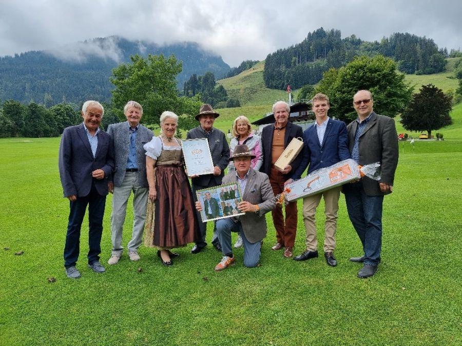 Internationaler Skiareatest: Bestellung kantonal Alt-Großrat Leo Jeker zum Ehrenpräsidenten