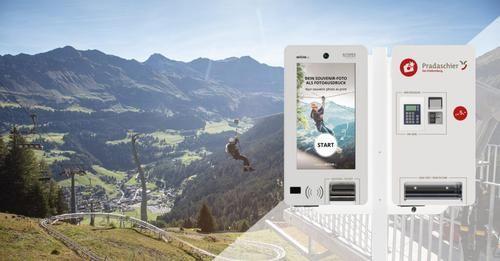Alturos: Fotofalle und Photoprint Terminal - Pradaschier Churwalden